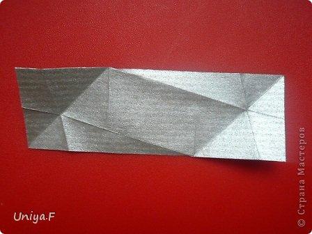 Всем большой привет!  У меня кое-что сложилось за то время, пока я отсутствовала. Я показала работы в ru-kusudama http://ru-kusudama.livejournal.com/1299461.html , там как раз проводили весенный ФМ. Здесь уже не буду повторяться. Просто стану потихоньку выкладывать МК.   Name: Sirtaki  Designer: Uniya Filonova  Units: 30  Paper: 3*9 cm (1:3 ratio) Final height: 7 cm  Joint: no glue  модель принимала участие во флешмобе http://stranamasterov.ru/node/591467?tid=2168%2C850 фото 15