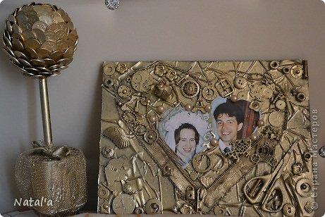 Добрый день, дорогие мастерицы! По Вашим советам я всё таки изменила картину, которую хочу подарить на годовщину свадьбы родителям мужа. Поменяла фото и добавила деталек. Не стала уж кардинально переделывать. Надеюсь, что в таком виде понравится фото 1