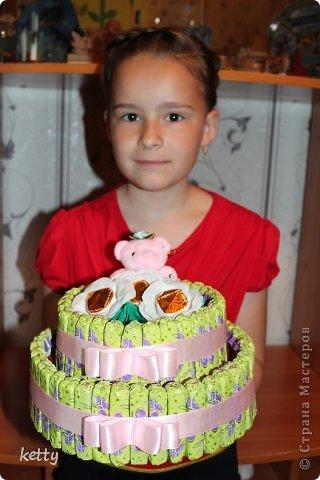 Это моя вторая работа в свит-дизайне. Этот тортик подарок однокласснице дочки. фото 4