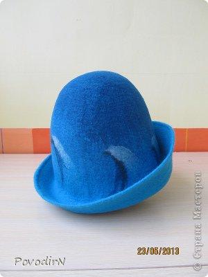 Предлагаю свалять банную шапку, изумрудно-бирюзовую, глубокую (чтобы вошли длинные волосы), с высокими полями. фото 1