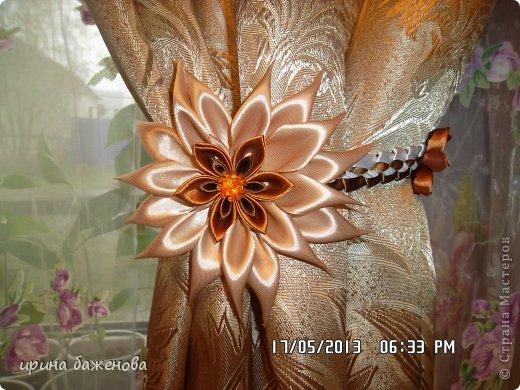 Цветок из атласной ленты своими руками для штор