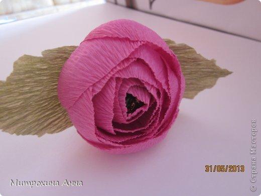 Розы из гофрированной бумаги мк