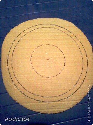 Мастер-класс Поделка изделие Декупаж Плетение Ажурная конфетница Бумага газетная Картон Салфетки Трубочки бумажные фото 6