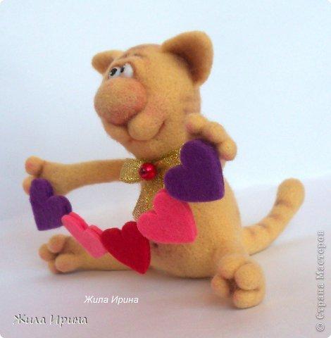 Обаятельный котик сразит наповал любую даму :-)  Высота игрушки 10, 5 см от попы до края ушка. фото 3