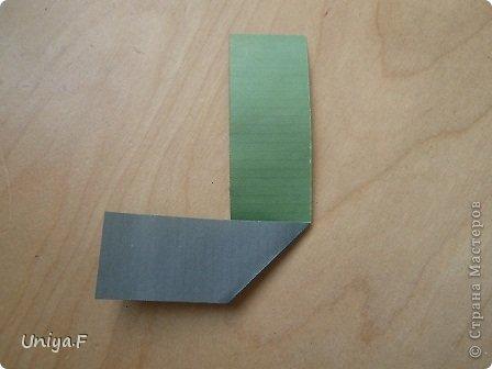 """Добрый день, коллеги!  И так, приступаю к обвальному затуториаливанию.  Незапланированный опрос общественного мнения показал, что эта кусудама наиболее желанна. С нее и начнем. МК в студию!   Name: Milisenta collection """"Ribbon Flowers""""  Designer: Uniya Filonova  Units: 30  Paper: 3*15 cm (1:5) Final height: ~ 9 cm  Joint: no glue фото 4"""