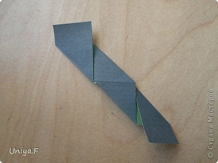 """Добрый день, коллеги!  И так, приступаю к обвальному затуториаливанию.  Незапланированный опрос общественного мнения показал, что эта кусудама наиболее желанна. С нее и начнем. МК в студию!   Name: Milisenta collection """"Ribbon Flowers""""  Designer: Uniya Filonova  Units: 30  Paper: 3*15 cm (1:5) Final height: ~ 9 cm  Joint: no glue фото 7"""