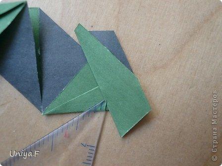 """Добрый день, коллеги!  И так, приступаю к обвальному затуториаливанию.  Незапланированный опрос общественного мнения показал, что эта кусудама наиболее желанна. С нее и начнем. МК в студию!   Name: Milisenta collection """"Ribbon Flowers""""  Designer: Uniya Filonova  Units: 30  Paper: 3*15 cm (1:5) Final height: ~ 9 cm  Joint: no glue фото 13"""