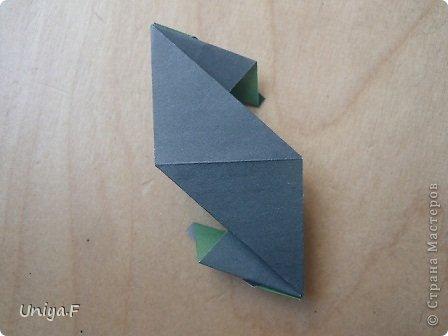 """Добрый день, коллеги!  И так, приступаю к обвальному затуториаливанию.  Незапланированный опрос общественного мнения показал, что эта кусудама наиболее желанна. С нее и начнем. МК в студию!   Name: Milisenta collection """"Ribbon Flowers""""  Designer: Uniya Filonova  Units: 30  Paper: 3*15 cm (1:5) Final height: ~ 9 cm  Joint: no glue фото 16"""