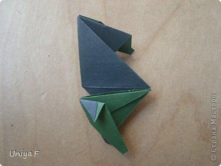 """Добрый день, коллеги!  И так, приступаю к обвальному затуториаливанию.  Незапланированный опрос общественного мнения показал, что эта кусудама наиболее желанна. С нее и начнем. МК в студию!   Name: Milisenta collection """"Ribbon Flowers""""  Designer: Uniya Filonova  Units: 30  Paper: 3*15 cm (1:5) Final height: ~ 9 cm  Joint: no glue фото 17"""