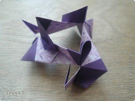 """Большой привет!  Очередной МК. Кусудама """"Зимняя вишня"""". Мне она очень нравится: воздушная, колючая, цветущая. Плюс простая сборка.  Name: Winterсherry collection """"Ribbon Flowers"""" Designer: Uniya Filonova Units: 30 Paper: 2,9 * 15 sm  Final height: ~ 10,5 sm Joint: no glue фото 18"""