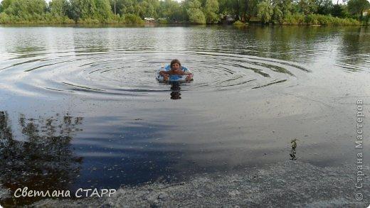 В первый раз Маша купается в этом году! фото 1