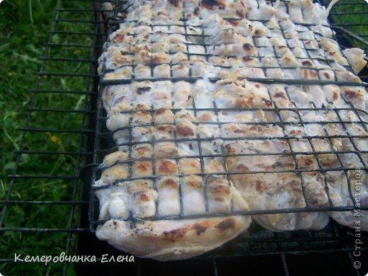 Лето!!!Время загорания,купания и на природе вкусно поедания(причем,вы заметили  НА ПРИРОДЕ - ВСЕ ВКУСНО!!!)Сегодня я готовила куриные бедрышки,маринованные в кефире(заметьте.полностью диетическое блюдо)Готовила на костре(наверное,это вредно ,но ВКУСНО!!!))) фото 8