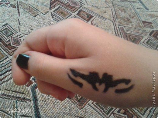 Вот такую временнеую татуировку я сделала))) Спокойно можно её мочить, только не тереть!!! фото 1