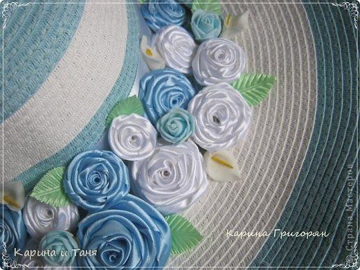 Здравствуйте мастера и мастерицы!!! Хочу Вам показать как я украсила шляпу.С детства мечтала иметь шляпу украшенную цветами. И вот моя мечта сбылась!!!!! фото 4