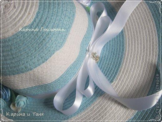 Здравствуйте мастера и мастерицы!!! Хочу Вам показать как я украсила шляпу.С детства мечтала иметь шляпу украшенную цветами. И вот моя мечта сбылась!!!!! фото 6