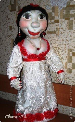 """заказали куклу в подарок, """" 45 баба ягодка опять"""" и пожелали чтоб была в белом платье,,,,заказчику понравилась,,,рост 60 см фото 1"""