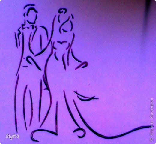Извиняюсь за качество фото... Шаблон: http://www.123rf.com/photo_16408278_silhouette-of-bride-and-groom-background.html фото 5