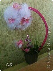 Делала специально для свекрови, под ее новые обои с орхидеями. Вот только проволоку у меня получилась не круглая, а квадратная в диаметре (если можно так сказать).  фото 1