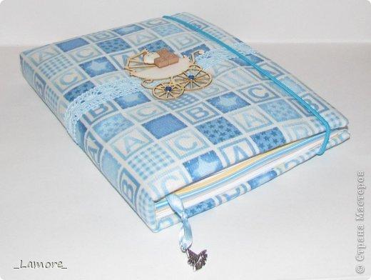 Дневник мамы (девочке)  Формат А5 в мягкой обложке, свыше 80 листов, вставки с декором для фотографий. Коробочка для хранения. фото 10