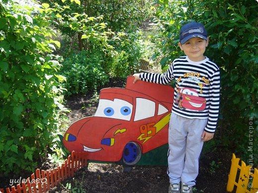 Вот такого Молнию Маквина сделала для сынишки в огород. Осваиваю лобзик.  фото 2