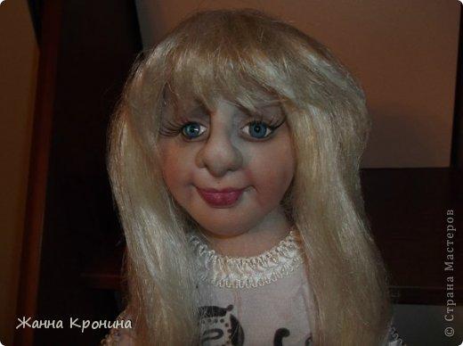 Здравствуйте, мои дорогие! Заказала мне соседка сделать куклу в подарок своей доче, чтобы на неё была похожа. Вот сделала такую девушку- выношу на ваш суд... фото 2