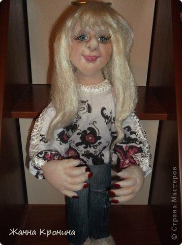 Здравствуйте, мои дорогие! Заказала мне соседка сделать куклу в подарок своей доче, чтобы на неё была похожа. Вот сделала такую девушку- выношу на ваш суд... фото 1