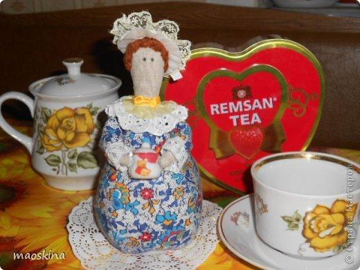 С баночкой варенья Тильда чайная выглядит как-то по-домашнему фото 2
