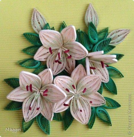 Лилии по МК Пылинки фото 1