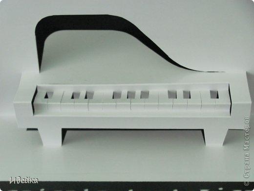 Такую открытку сделала своей знакомой, которая играет на фортепиано. фото 11