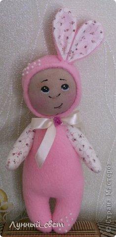 Здравствуйте мои дорогие мастерицы,вот выношу на ваш суд моих куколок,уж очень захотелось их сшить,а зовут их Фотя и Лола фото 3