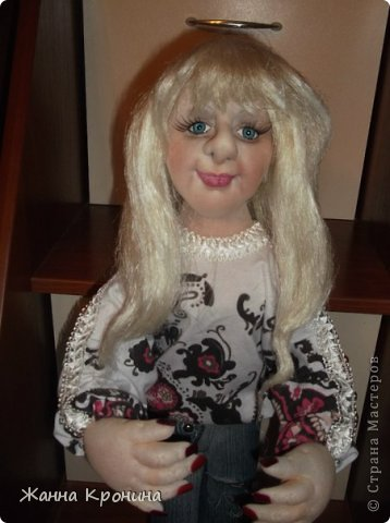 Здравствуйте, мои дорогие! Заказала мне соседка сделать куклу в подарок своей доче, чтобы на неё была похожа. Вот сделала такую девушку- выношу на ваш суд... фото 3