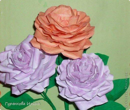 Розы делала в садик для подруги, точнее - дочке её, украшать группу к 8 марта. А яйцо подарила врачу, я с дочкой каждый год лежим в больнице  (в реабелитационом центре).  фото 37