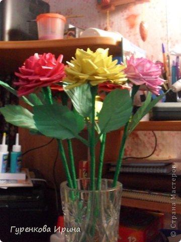 Розы делала в садик для подруги, точнее - дочке её, украшать группу к 8 марта. А яйцо подарила врачу, я с дочкой каждый год лежим в больнице  (в реабелитационом центре).  фото 39