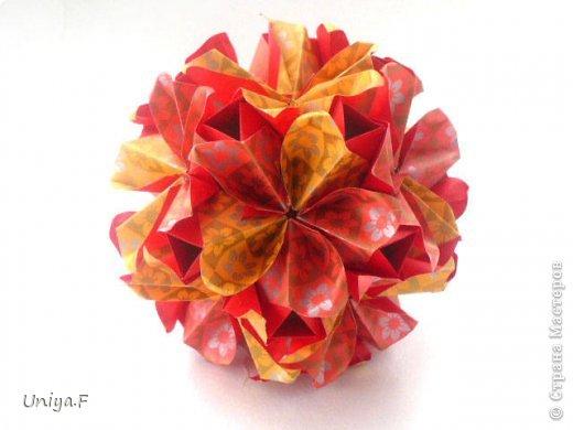 """Здравствуйте!  Следующий МК из серии """"Цветущие ленты"""".  Name: Senorita collection """"Ribbon Flowers""""  Designer: Uniya Filonova  Units: 30  Paper: 3*15 cm (1:5) Final height: ~ 9,5 cm  Joint: no glue фото 1"""