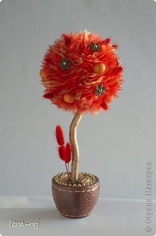 """Огромное спасибо за идеи, вдохновение и советы Марии Шарафеевой!  Топиарий """"Лето"""" Дерево выполнено из флористической органзы, декоративных цветов, сухоцветов лагуруса, бусин Ствол - натуральное дерево Декор - божьи коровки, сизаль,веточки фото 2"""