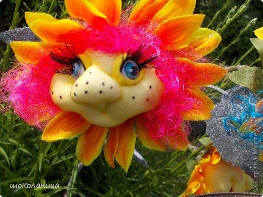 Букет подсолнухов,это самый маленький  цветочек! фото 2