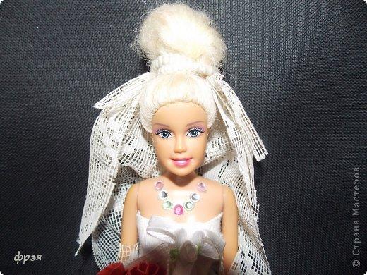 Приветик!!!!!Так давно хотелось сшить свадебное платье,но не могла!!!Обыскала весь интернет,но никак,то сложно,то выкройки(я в выкройках не понимаю и ищу,что полегче).Взяла белую ткань и тюль ненужную и давай творить!! фото 1