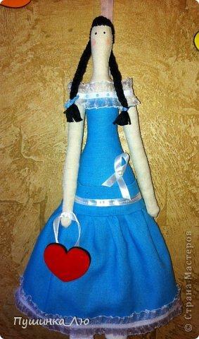 Вот родилась у меня еще одна Тильдочка))) На это раз в голубом платье. фото 4