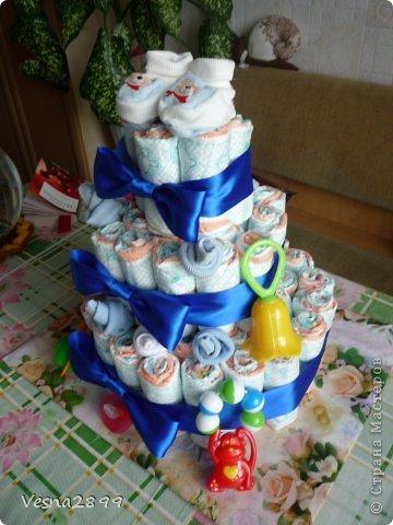 мой  первый торт из памперсов фото 4