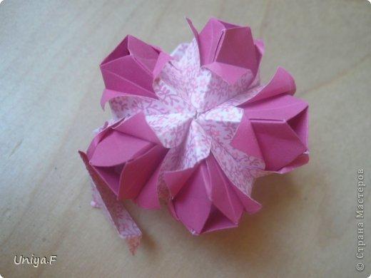 """Здравствуйте!  Следующий МК из серии """"Цветущие ленты"""".  Name: Senorita collection """"Ribbon Flowers""""  Designer: Uniya Filonova  Units: 30  Paper: 3*15 cm (1:5) Final height: ~ 9,5 cm  Joint: no glue фото 28"""