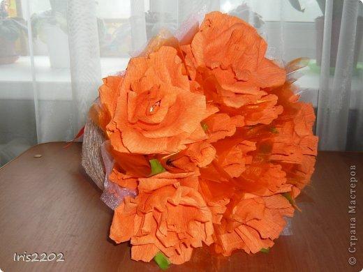 """Всем здравствуйте! Мое новое творение - """"ОРАНЖЕВОЕ НАСТРОЕНИЕ""""!!!  Букет из конфет в подарок учителю моей дочурки в последний день учебного года...  фото 2"""