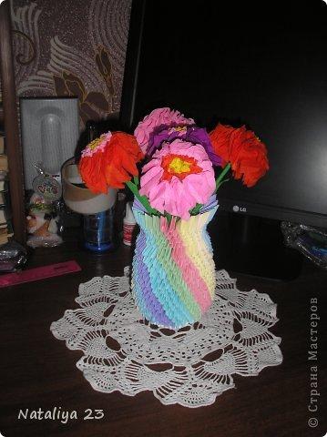 Вот такие замечательные цветочки сделались по МК Татьяны Просняковой https://stranamasterov.ru/node/2081?t=666. Вазочка делалась по МК<< Ссылка удалена п. 2.4 https://stranamasterov.ru/print/regulations >>  фото 1
