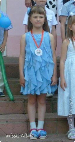 Моя старшая дочка стала совсем взрослой :) у нее прошел первый выпускной - из детского сада. Платье разумеется шила сама. фото 4