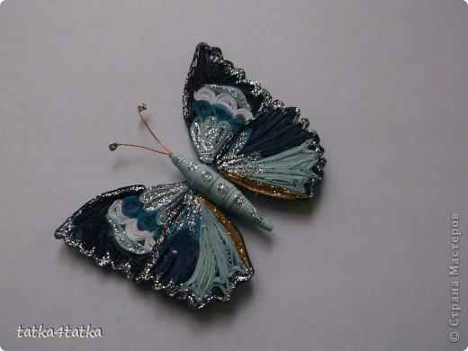 Бабочек очень люблю. Начинала с одной, дооформить работу, ну и затянуло... фото 2