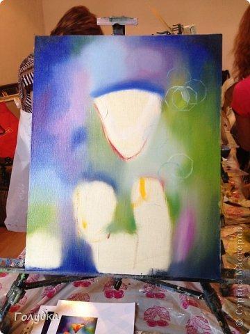 15 июня, я была опять на встрече с прекрасным:)! На мастер-классе по живописи от Ольги Базановой и рисовала эшшольцию. Хотя, когда я ее рисовала, я думала, что это мак... Галина К, меня поправила, я не сильно сопротивлялась, т.к. прочитала в википедии, что она, эта самая эшшольция, из семейства маковых:))) Итак картина маслом, холст 40Х50см. Фотография №1 и №3 сделаны Валентиной Суховой. фото 2