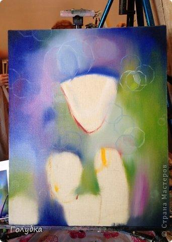 15 июня, я была опять на встрече с прекрасным:)! На мастер-классе по живописи от Ольги Базановой и рисовала эшшольцию. Хотя, когда я ее рисовала, я думала, что это мак... Галина К, меня поправила, я не сильно сопротивлялась, т.к. прочитала в википедии, что она, эта самая эшшольция, из семейства маковых:))) Итак картина маслом, холст 40Х50см. Фотография №1 и №3 сделаны Валентиной Суховой. фото 4