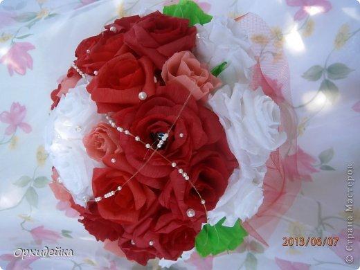 Букетик на свадьбу для очень роковой девушки. Совместная работа с сестрой (https://stranamasterov.ru/user/226999) фото 2