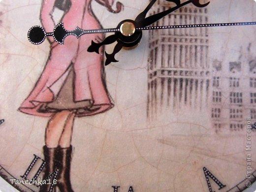 """Деревянная заготовка, мотивы из салфеток, первая проба """"нитяного"""" кракелюра, контур, лаки матовый велюровый внутри шкатулки и глянцевый снаружи и сердечко внутри. фото 10"""
