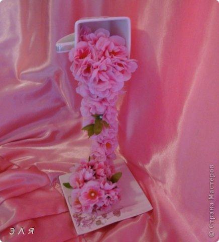 """Парящая чашка """"Сакура""""(цветы искусственные) фото 1"""