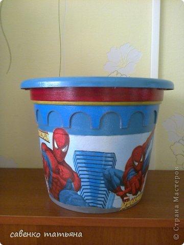"""Сынуля заказал себе в комнату цветок в горшке """"Человек паук"""". давно собиралась сделать. фото 3"""